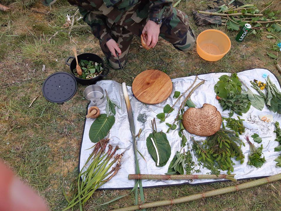 Grupa Regionalna Wielkopolska, survival, biwaki w lesie